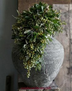 All Details You Need to Know About Home Decoration - Modern Fall Home Decor, Autumn Home, Olive Jar, Earthy Decor, Concrete Crafts, Diy Décoration, Winter Garden, Wabi Sabi, Xmas Decorations