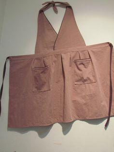 46 Ideas For Vintage Clothes Diy Retro Apron Patterns Retro Apron Patterns, Sewing Patterns, Look Retro, Hijab Style, Cute Aprons, Linen Apron, Sewing Aprons, Apron Designs, Aprons Vintage