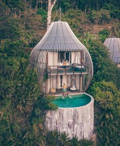 En Phuket_ un bungalow impresionante _piscinas _paraíso _resorts Keemala Phuket, Casa Bunker, Forest Hotel, Forest Resort, Forest City, Bungalow, Cool Tree Houses, Tree House Designs, Home Projects