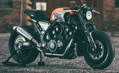 Yamaha VMAX Yard Built 'INFRARED'