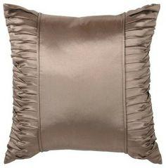 Gold Pillows, Diy Pillows, Throw Cushions, Custom Pillows, Modern Bed Pillows, Diy Bag Designs, Moroccan Floor Pillows, Pillow Crafts, Cushion Cover Designs