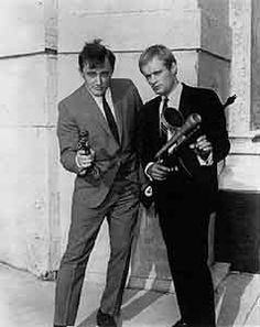 Robert Vaugh and David McCallum Man From Uncle Series, The Girl From Uncle, Spy Shows, 60s Tv Shows, History Of Television, Vintage Television, Robert Vaughn, 70s Sitcoms, Movie Posters
