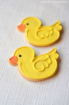 Ideal for a rubber ducky themed baby shower. i heart baking!: baby shower duckie and onesie cookies Duck Cookies, Onesie Cookies, Fancy Cookies, Iced Cookies, Easter Cookies, Cupcake Cookies, Sugar Cookies, Ladybug Cupcakes, Kitty Cupcakes
