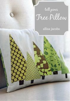 Modern Tree PILLOW COVER Christmas Trees in Green by allisajacobs. I could make these and cover my pillows just for the holidays. Christmas Cushions, Christmas Pillow Covers, Sewing Pillows, Diy Pillows, Sewing Crafts, Sewing Projects, Sewing Tips, Sewing Hacks, Sewing Tutorials