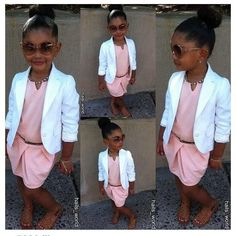 Jolie tenue de cérémonie pour une fillette chic