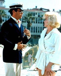 "Tony Curtis as Shell Oil Jr & Marilyn Monroe as Sugar Kane in ""Some Like It Hot"" 1959"