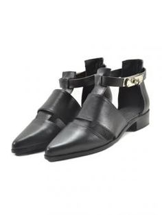 Metal clasp and hollow round toe shoes | Choies