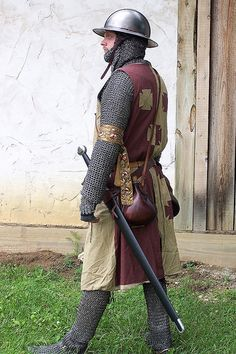 Sometimes, in Shakespeare's plays, the guards weren't as heavily armored as the knights. They still would carry weapons and a helmet for minimal defense.