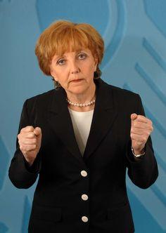 Kabarett mit Marianne Schätzle auch als Merkeldouble