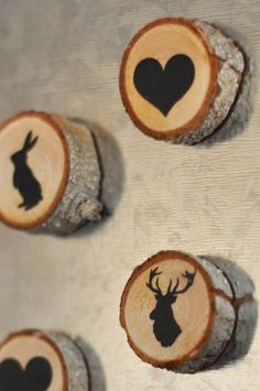 Wooden Magnets with Woodland Silhouettes. Something like this could be nice geoswag. If you have some limbs and a chop saw making the wood slices wouldn't be hard, and you can get craft magnets at the Dollar Store. Wood Slice Crafts, Wood Burning Crafts, Wooden Crafts, Diy Crafts, Driftwood Crafts, Tree Crafts, Wooden Diy, Upcycled Crafts, Fabric Crafts