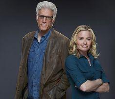 CSI: Las Vegas é renovada para a 14ª temporada - Ótimas notícias para os fãs de CSI: Las Vegas. A série acaba de garantir a sua 14ª temporada, como confirma a própria emissora americana CBS, em nota oficial.