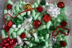 A-Christmas-Sensory-Bin