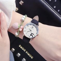Fashion Women Watches Minimalism Casual Ladies Watch Ulzzang Brand Dial Design Quartz Wristwatch for Women Outfit Accessories From Touchy Style. Cool Cheap Watches, Cool Watches For Women, Simple Watches, Trendy Watches, Birthday Gifts For Teens, Rose Gold Watches, Fashion Watches, Ulzzang, Fashion Women