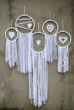 weddings for knife and server set, weddings yorkshire, weddings cheap favors, weddings abroad greece packages, pakistani cars pictures. Doily Dream Catchers, Dream Catcher Craft, Dream Catcher Boho, Dream Catcher Wedding, Dream Catcher Patterns, Dream Catcher Tutorial, Crochet Dreamcatcher, Boho Wedding Decorations, Wedding Favors