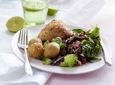 Kylling med sesamfrø og rødkålssalat Skøn middag fra Familie Journals Slankeklub