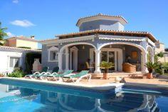 Villa Coral en #Calpe, hermosa casa para pasar tus vacaciones en la #CostaBlanca