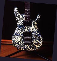 Ibanez Joe Satriani Donnie Hunt Graphic (faces are luminescent in the dark)