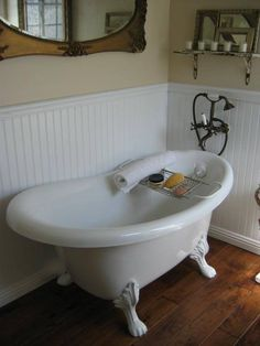 Love The White Beaded Board, The Claw Foot Tub And Telephone Handle Shower  Faucet.