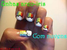 As unhas de meu mundo: Unhas arco-iris com nuvens