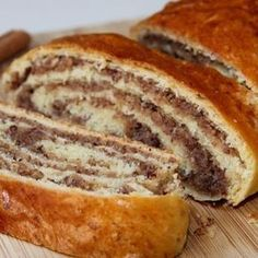 Nussstrudel The post Nussstrudel appeared first on Win Dessert. Donut Recipes, Baking Recipes, Cake Recipes, Bread Recipes, German Baking, Austrian Recipes, Homemade Donuts, Gateaux Cake, Pumpkin Bread