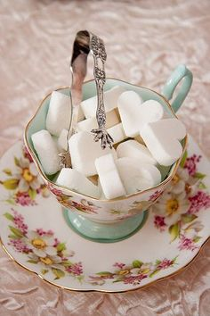 Pretty heart sugar cubes for afternoon tea! <3 <3 <3