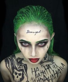 100 brilliant halloween makeup ideas to copy this year 28 Maquillaje Halloween Joker, Halloween Kostüm Joker, Creepy Halloween Costumes, Cool Halloween Makeup, Halloween Looks, Halloween Outfits, Scarecrow Makeup, Joker Make-up, Funny Joker