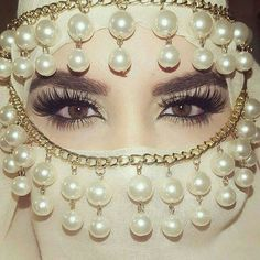 Beautiful Girl Eyes Dp With Name Rani Written, Write Name Rani On Dp, Arabic Girl Eyes Dp With Hidden Face Only Eyes Showing. Face Jewellery, Hair Jewelry, Body Jewelry, Arabian Makeup, Arabian Beauty, Beautiful Hijab, Gorgeous Eyes, Arabic Eyes, Tribal Face