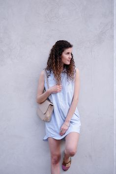 fair fashion short sleeve shirt dress from People Tree and vegan bag from Denise Roobol #fairfashion