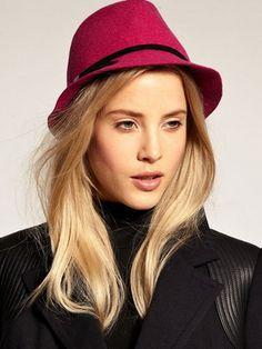 Зимние женские шляпы 2015-2016 и фото модных шляп на осень и зиму