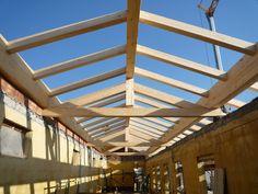 Posa di struttura pretagliata in Legno Lamellare #tetto #posa tetto