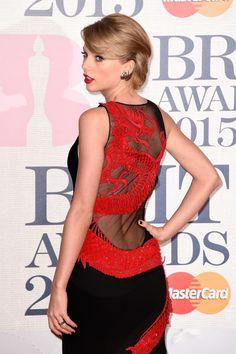 Her dress o.O