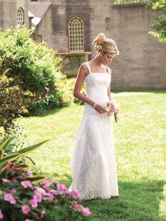 Outdoor Wedding Dresses for Beach and Garden Wedding Party | Wedding Sunny