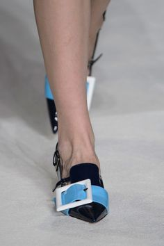 Miu Miu at Paris Fashion Week Fall 2015 - Details Runway Photos Walk In The Spirit, Miu Miu Shoes, Miuccia Prada, Fall Winter 2015, Creative Design, Ready To Wear, Luxury, Paris Fashion, How To Wear