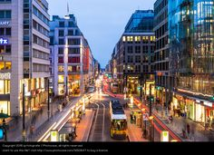 Foto 'Night time at Berlin Friedrichstrasse' von 'ig-fotografie'