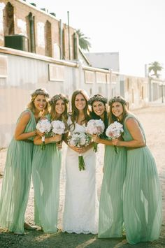 2015 spring wedding color ideas with lucite green bridesmaid dresses trends Mint Green Bridesmaid Dresses, Boho Bridesmaids, Bridesmaid Hair, Wedding Mint Green, Spring Wedding Colors, Wedding 2015, Wedding App, Chic Wedding, Sister Wedding