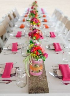 Farms Oregon Wedding pink and orange wedding decor I love the decorated mason jar vases.pink and orange wedding decor I love the decorated mason jar vases. Party Table Decorations, Wedding Decorations, Party Tables, Wedding Centerpieces, Deco Champetre, Outdoor Dinner Parties, Picnic Parties, Mason Jar Vases, Clear Vases