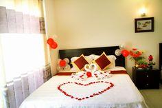 phòng Delux với 2 giường ngủ 1,6m,có bồn tắn nằm và vòi hoa sen,diện tich 30m2