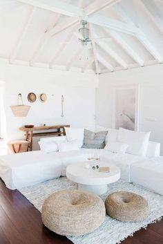 Coastal Living Rooms, Home Living Room, Living Room Designs, Living Spaces, Living Area, Coastal Cottage, Natural Home Decor, Home And Deco, Scandinavian Home