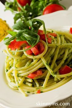 Here are 2 Fast Pastas perfect for your busiest weeknight - Pesto Pasta or Marinara Pasta, Yummy!! #skinnyms #cleaneating #healthyfoodfast #pasta #pesto #marinara #recipes