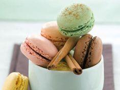 Avec les lectrices reporter de Femme Actuelle, découvrez les recettes de cuisine des internautes : Macarons multicolores