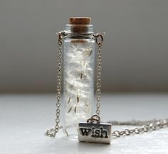 I love this little trinket! Dandelion in a mini jar for wishes! How novel. I think I'll be making some of these for everyone as Xmas pressies to put in the crackers.