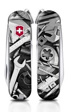 There's still time to enter our Swiss Army Knife design contest with @SportsAuthority. You can win $2000 in prizes if you are selected as one of our three lucky winners. Head to www.DesignSAK.com and submit your design. Thanks to Efrain Sandoval for this great design. #SwissArmyKnife #DesignSAK