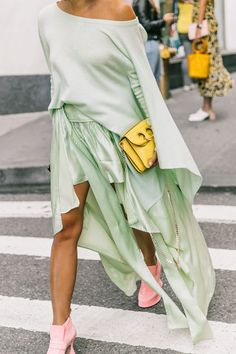 Mix together different pastels.