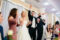 Nas uczyli w szkole ...  :)  #fotograf #fotografslubny #fotograflubartow #fotograflublin #fotografleczna #zdjeciaslubnelublin #fotografwarszawa #fotografpulawy #fotograflukow #zdjeciaslubnechelm #wedding #weddingreception #bridelle #bride