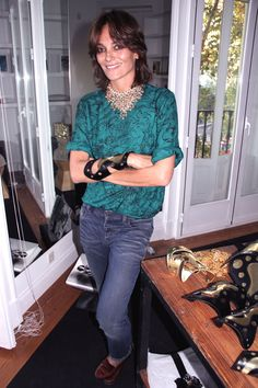 Laura Ponte Laura Ponte, International Style, Yves Saint Laurent, Outfit Ideas, Glamour, Blouse, My Style, Green, Hair