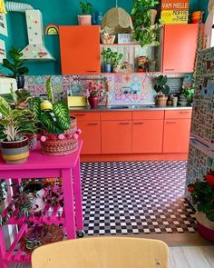 47 Classy Bohemian Style Kitchen Design Ideas Best Picture For hippie home decor diy For Your Taste Hippie Home Decor, Bohemian Decor, Bohemian Style, Modern Bohemian, Bohemian Kitchen, Hippie Kitchen, Whimsical Kitchen, Kitchen Modern, Deco Boheme