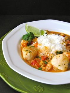"Thai Shrimp-Scallop Curry...Fantastic!!! The hubby even loved it =) I worked out the WW points...1 cup = 8 points ( and I used regular coconut milk not the ""light"" stuff)"