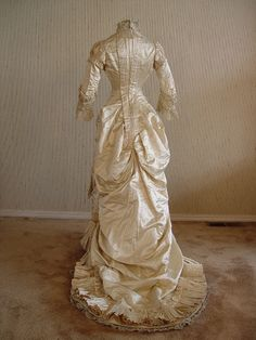 """1877-82  silk duchess satin princess gown back. (similar to the current """"mermaid"""" silhouette"""