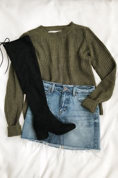 Know Thyself Olive Green Knit Cutout Sweater - Thyself Olive Green Knit Cutout Sweater - - Outfit ideen -. Teen Fashion, Fashion Models, Fashion Outfits, Womens Fashion, Fashion Clothes, Fashion Jewelry, Trendy Jewelry, Gold Fashion, Fashion 2018