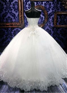 Stunning Tulle Ball Gown Wedding Dress With Beadings & Rhinestones
